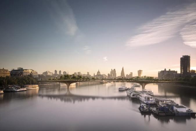 Vista panorâmica da passarela Garden Bridge e dos pontos turísticos de Londres