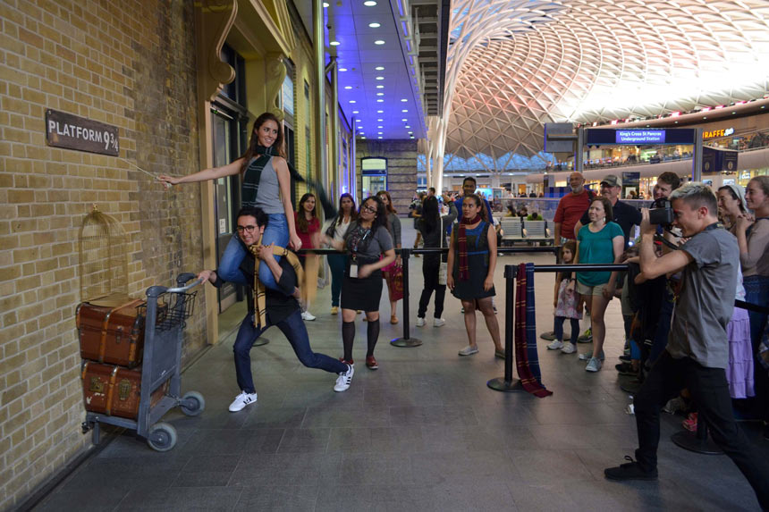 Harry Potter em Londres | Estação king's Cross - Estrela Tour